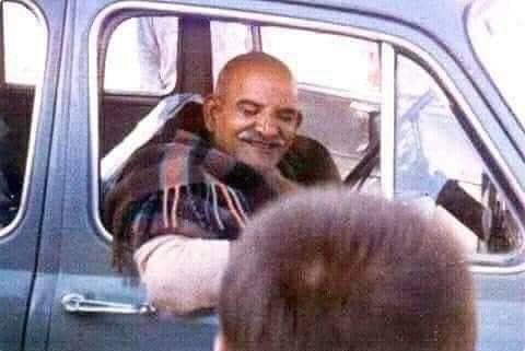 नीब करौरी बाबा की अनंत कथाएँ: पेट्रोल बहुत है, कम नहीं पड़ेगा, चल...