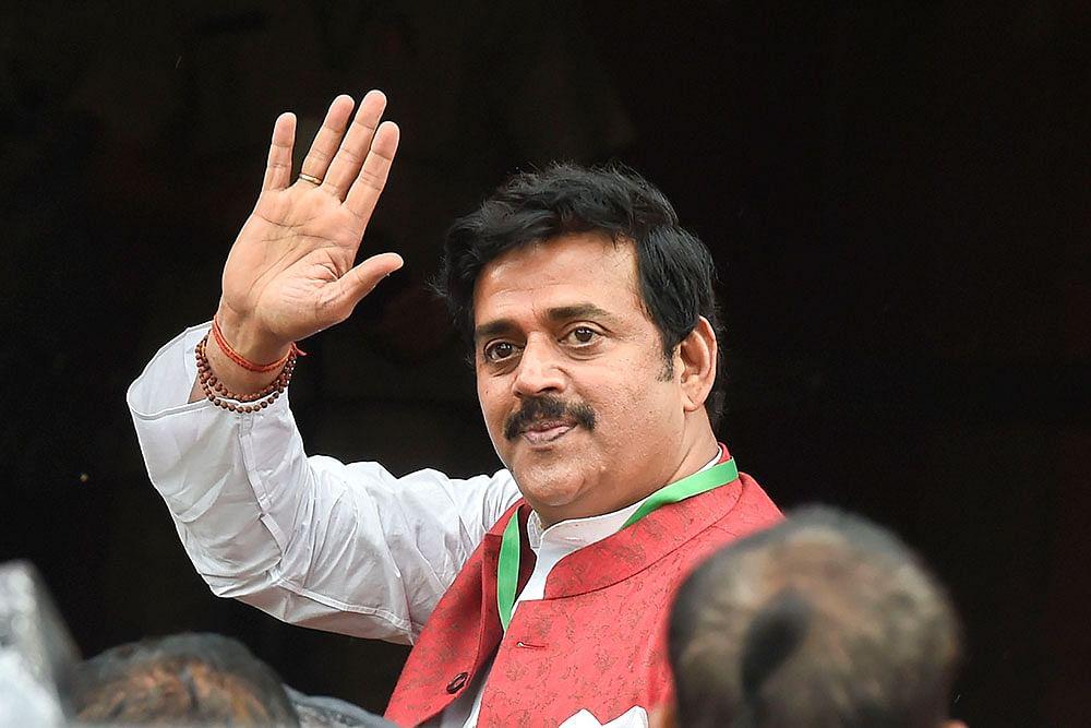 Bhojpuri Actor, BJP MP Ravi Kishan Accused Of Taking Wrong Grant From UP Film Bandhu, Plaint Sent To Yogi