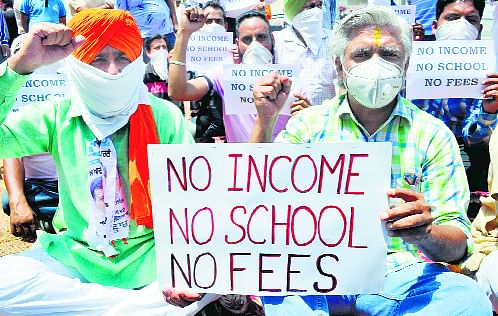 Allahabad HC Seeks Response From UP Government, Education Boards On Regulation Of School Fees During Covid Pandemic