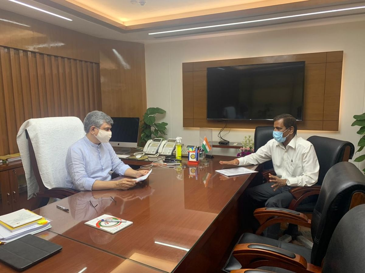 Rail Minister Ashwini Vaishnaw Reviews 'Implementation' Of Ahmedabad-Mumbai High Speed Line