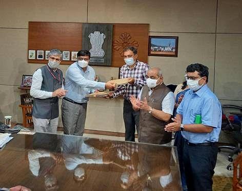 ইন্সটিটিউট অফ টিচিং অ্যান্ড রিসার্চ ইন আয়ুর্বেদ প্রতিষ্ঠানের সঙ্গে গুজরাট সরকারের মউ স্বাক্ষর হয়েছে