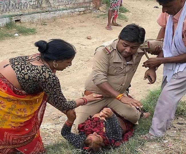 """Cop Beating Lady In UP: Full Video Bares The Truth, BJP Slams Akhilesh Yadav For Spreading """"Fake News"""""""