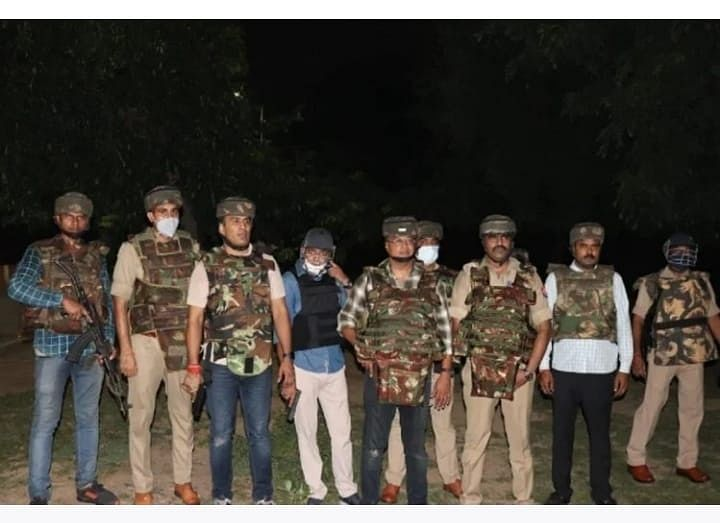 Notorious Criminal Mukesh Thakur Killed In Encounter With Agra Police