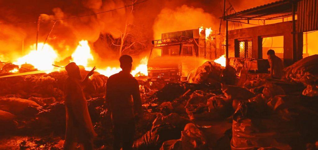 Massive Blaze Guts Plastic Scrap Godown In Haridwar