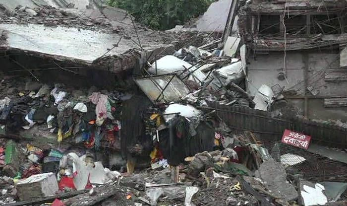Two Killed As Roof Of A House Collapses During a Birthday Party In Agra