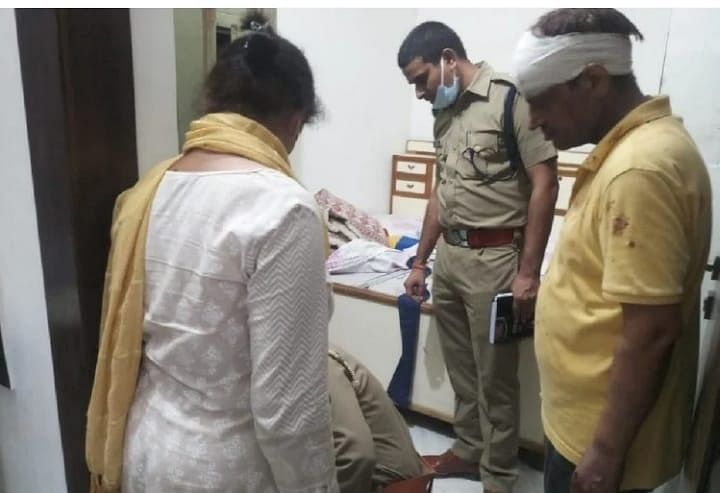Robbers Strike Again In Agra: Doctor Couple Tied, House Looted