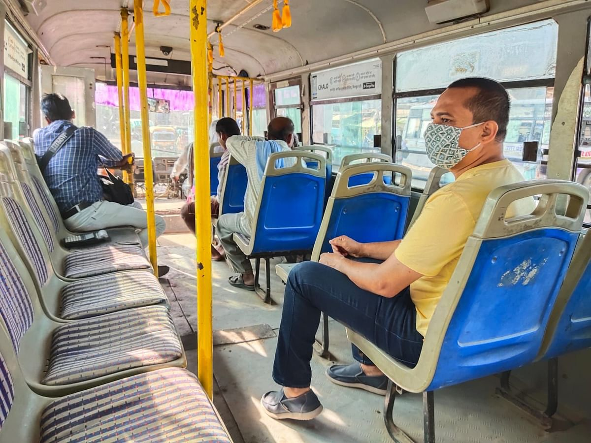 Kanpur Divisional Commissioner Checks Ground Reality Of City Buses, Several Suspended