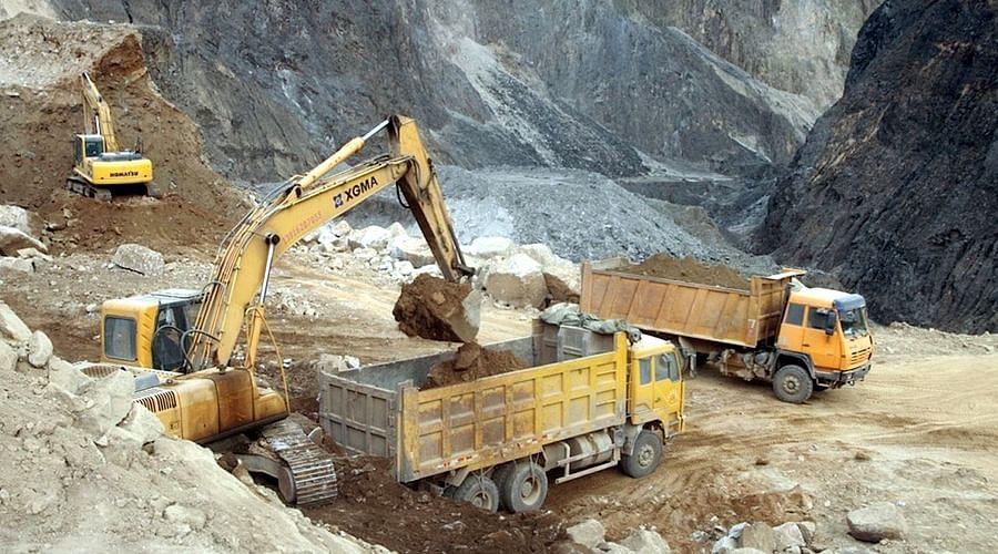 नवाबगंज, जिला गोण्डा का खनन माफिया योगी सरकार पर भारी
