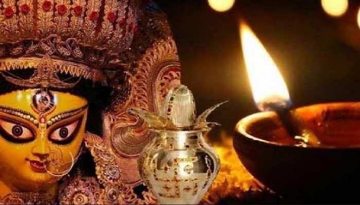 नवरात्र में क्यों जलाते हैं अखंड ज्योत