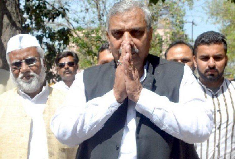 Congress Jolted As Priyanka Gandhi's Advisor Harendra Malik Quits Party