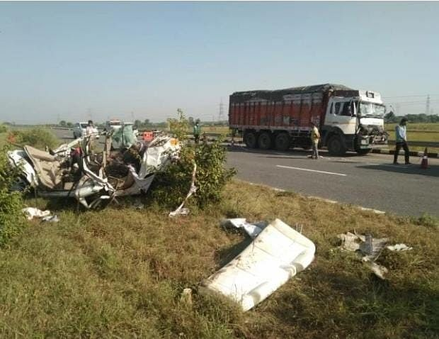 Eight Of A Family From Firozabad Returning From Pilgrimage Killed In Road Accident
