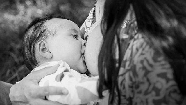 Breastfeeding Is Beautiful And We Have Pictures To Prove -2138