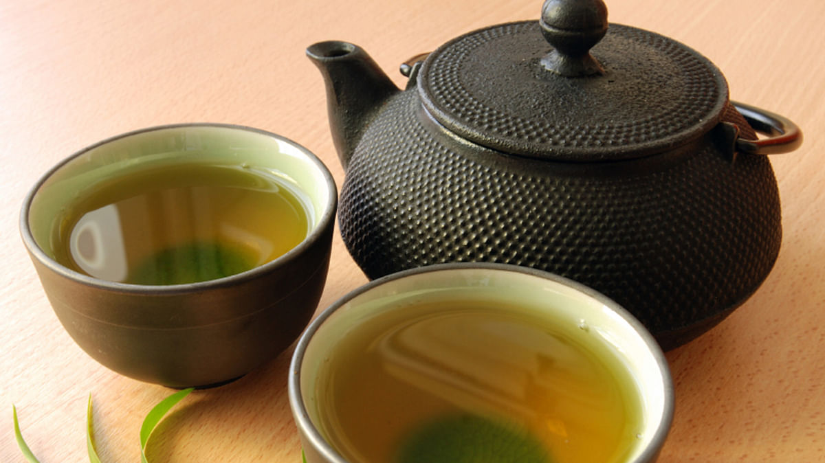 Green tea helps ease stress.