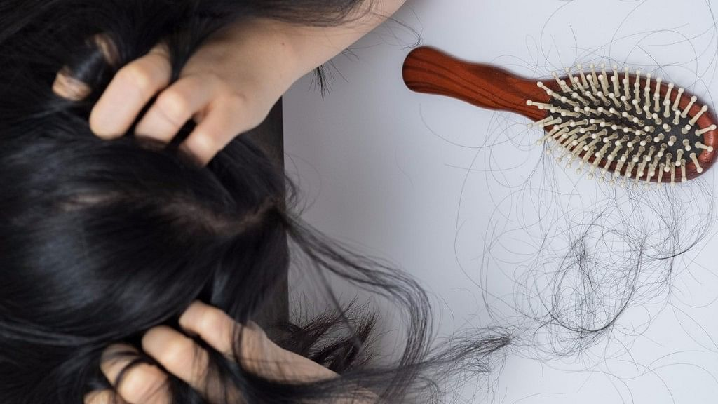 FitQuiz: How Much Do You Know About Hair Fall & How to Stop It?