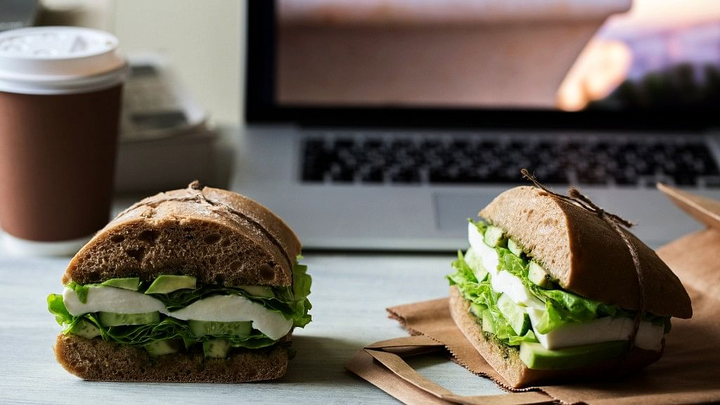 Bored of Your Office Lunch? Try These 7 Easy, Healthy Recipes Now!