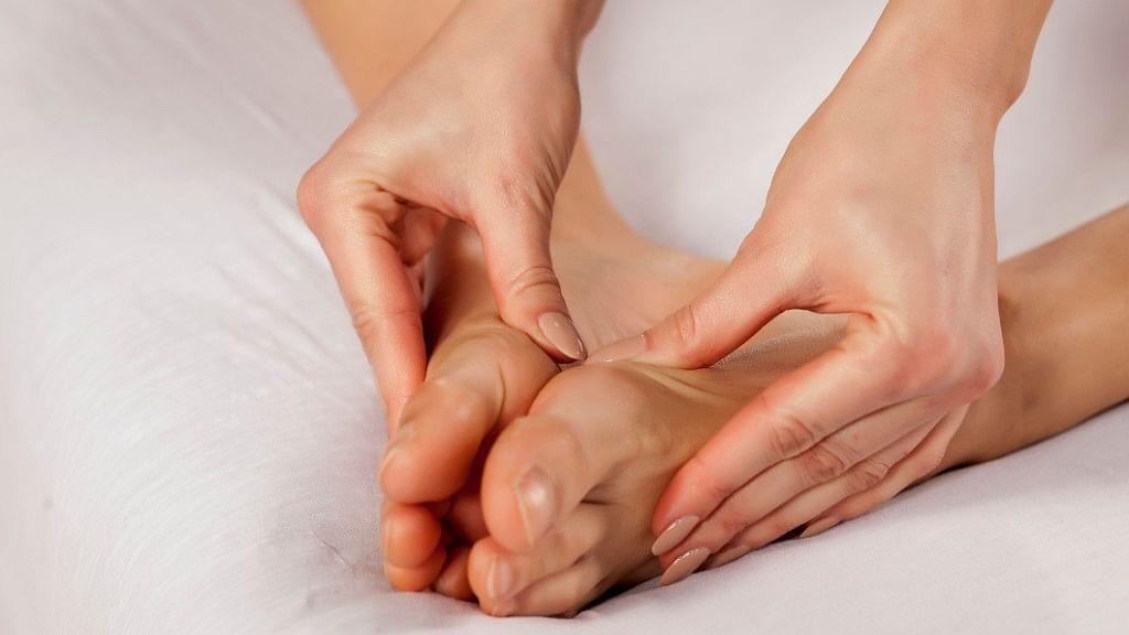 Abhyanga Health Benefits: Abhyanga is an Ayurvedic oil massage that you do yourself.