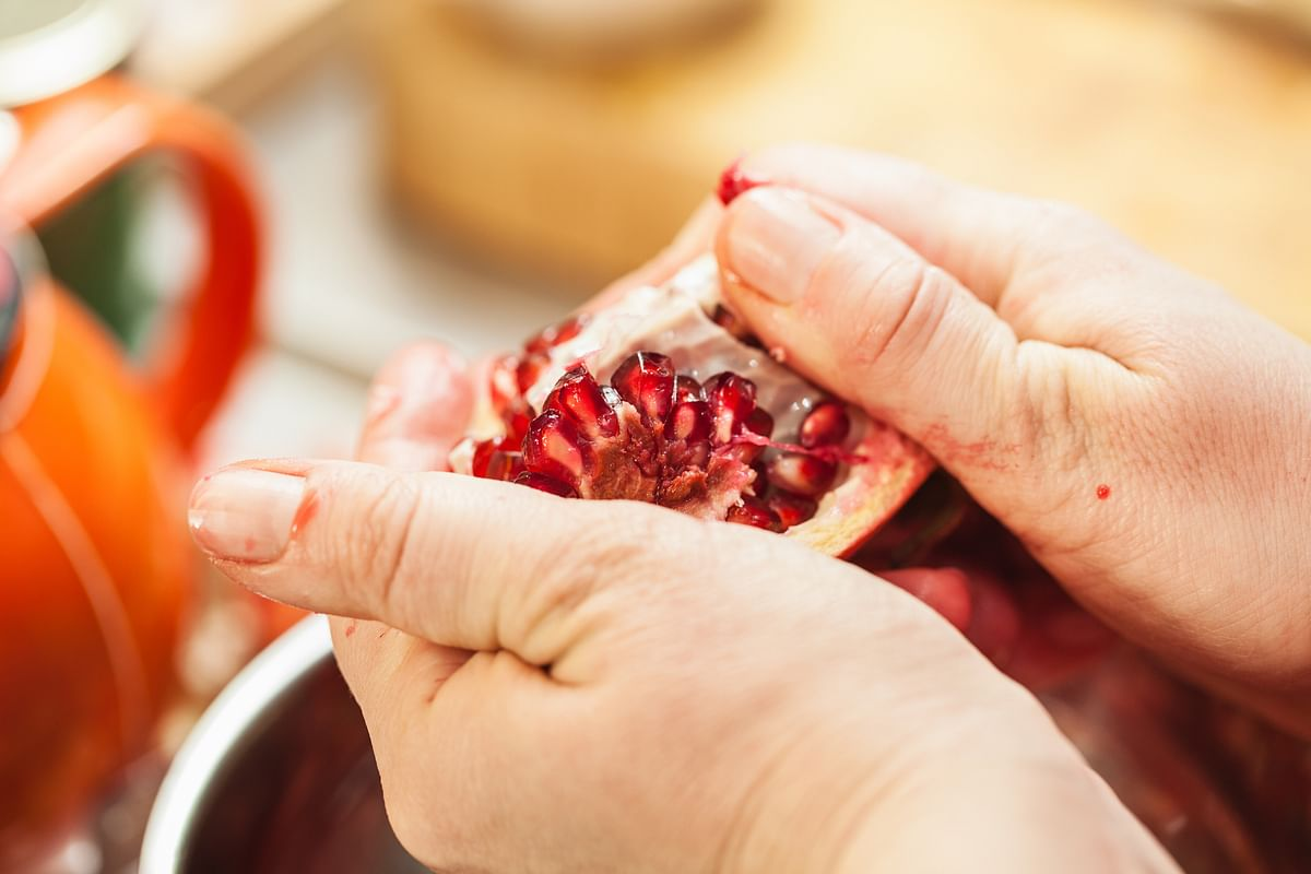 Dry pomegranate peels and dip them in honey.