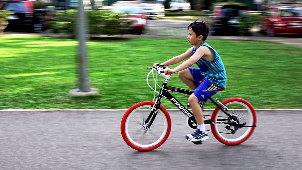 Kids Who Cycle and Walk More, Less Likely to Be Obese: Study
