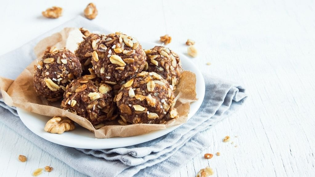 Are you craving something sweet yet healthy? Try these quick and healthy DIY recipes.