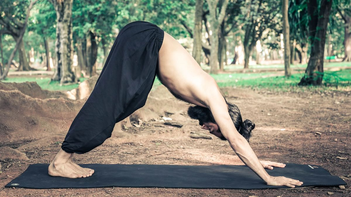 Yoga Asanas: These simple asanas, pranayama and meditation techniques can be included in your daily practice for 20-30 minutes.