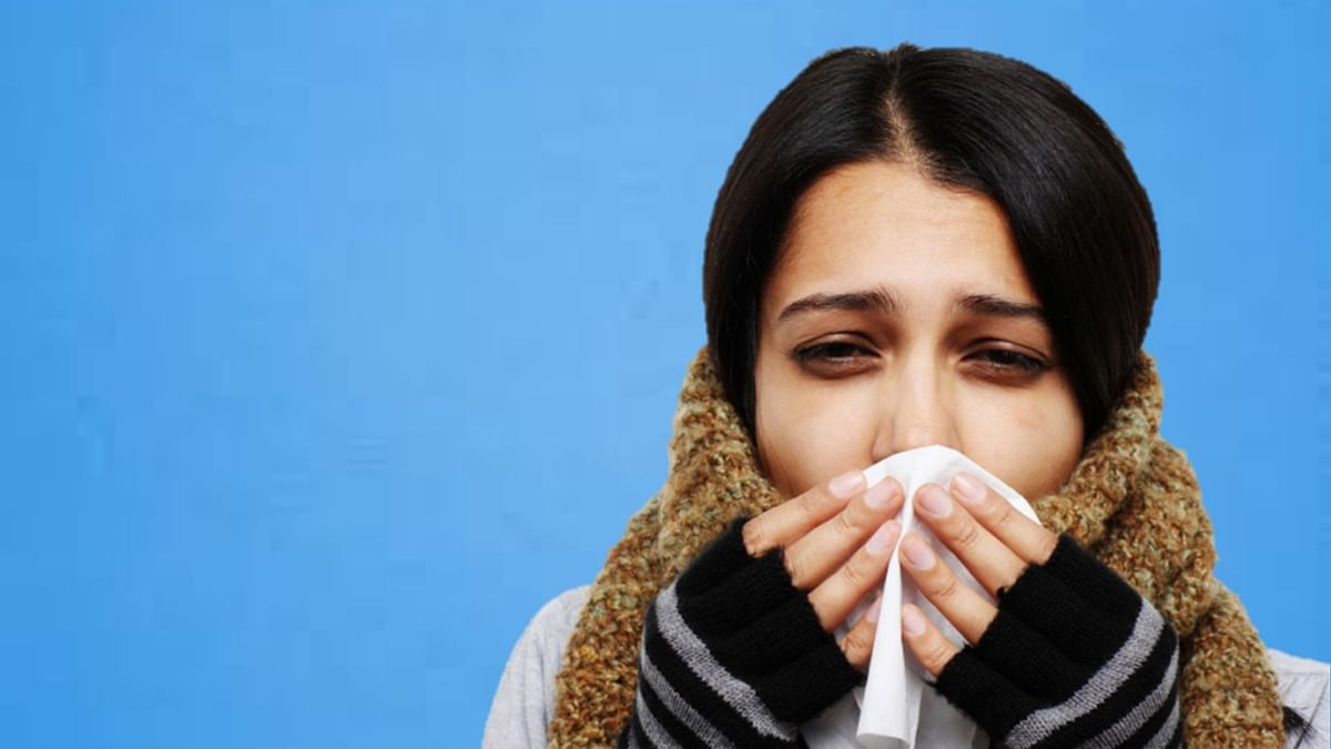 A cold presents with a runny nose or congestion.