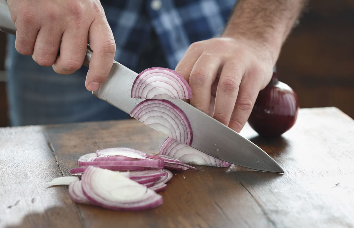 Onions deliver health with every bite.