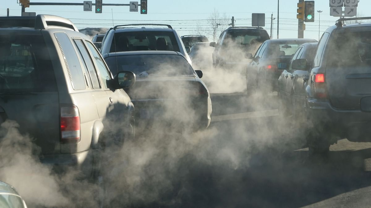 Environment secretary meets with four chief ministers to discuss the crisis of air pollution.