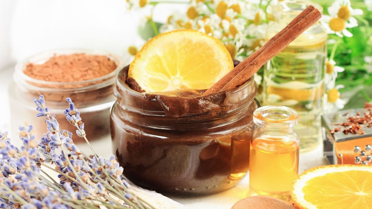 Post Diwali, give your skin some homemade detox with these DIY masks and cleaners.