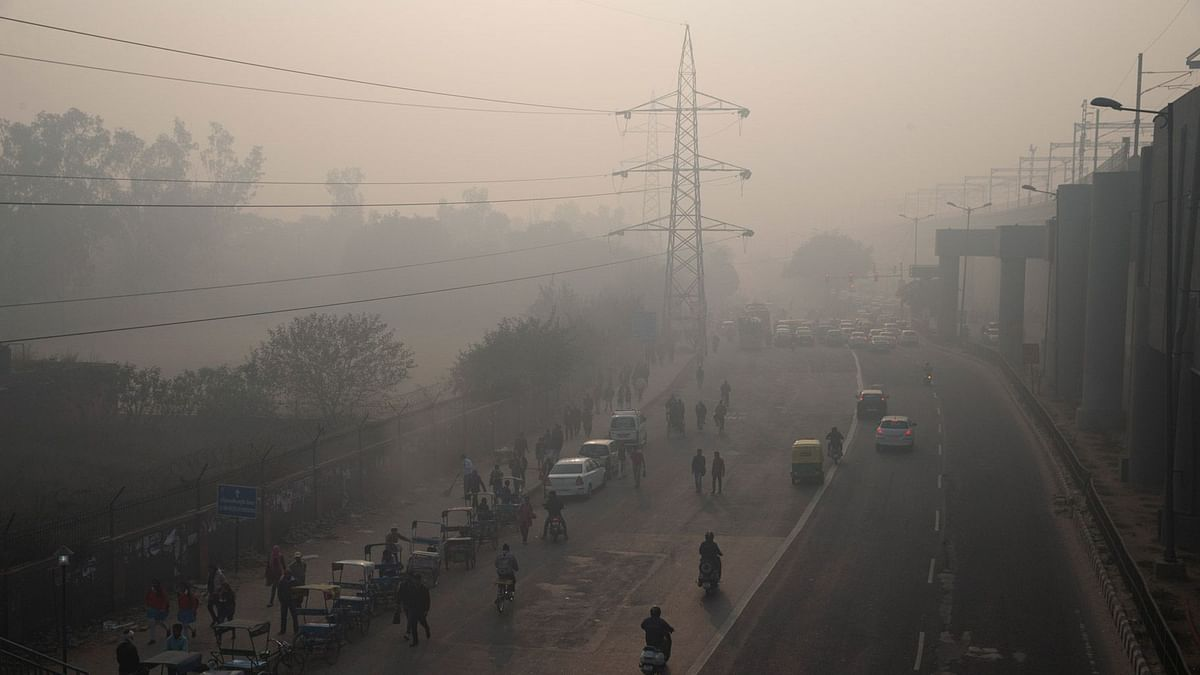 Delhi continues to choke, with many people complaining of uneasiness.