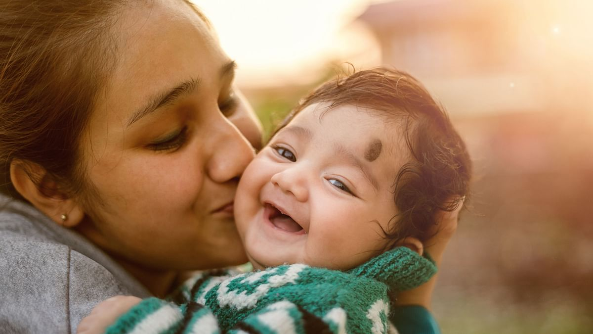 The latest Comprehensive National Nutrition Survey (CNNS) has found that a high percentage of Indian mothers have no formal education.