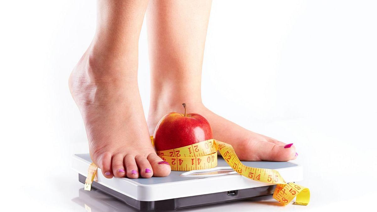 बढ़ती उम्र के साथ क्यों बढ़ने लगता है वजन?