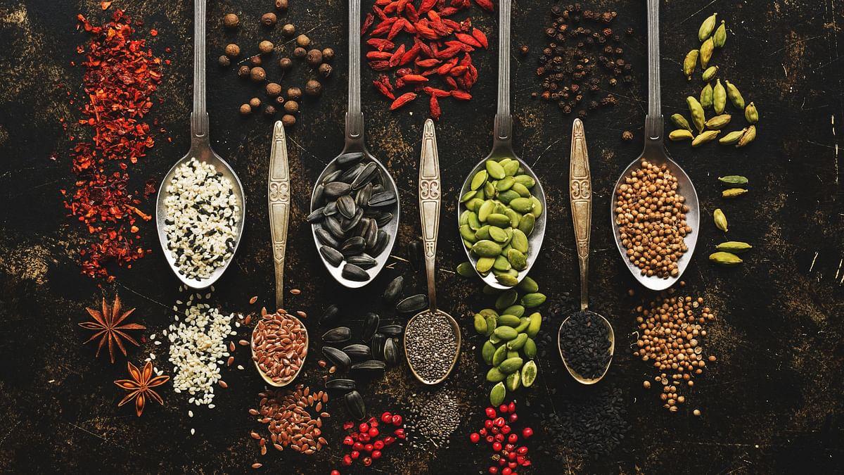 सर्दियों में खाने की ये चीजें आपको देंगी अच्छी सेहत और गर्माहट