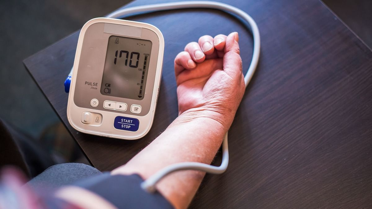 High Blood Pressure? Long Working Hours May Be Responsible