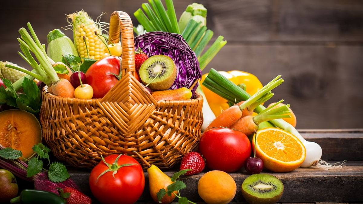 You May Be Prone To Anxiety If You Eat Less Fruits, Vegetables