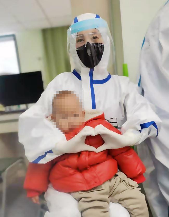 कोरोनावायरस के संक्रमित शिशुओं में यह पहला शिशु था, जिसमें वायरस की पुष्टि हुई थी.