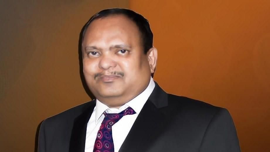 On 19 April, 55-year-old neurosurgeon, Dr Simon Hercules, also the MD of New Hope Hospital in Chennai, passed away after contracting coronavirus from the patients he was caring for.
