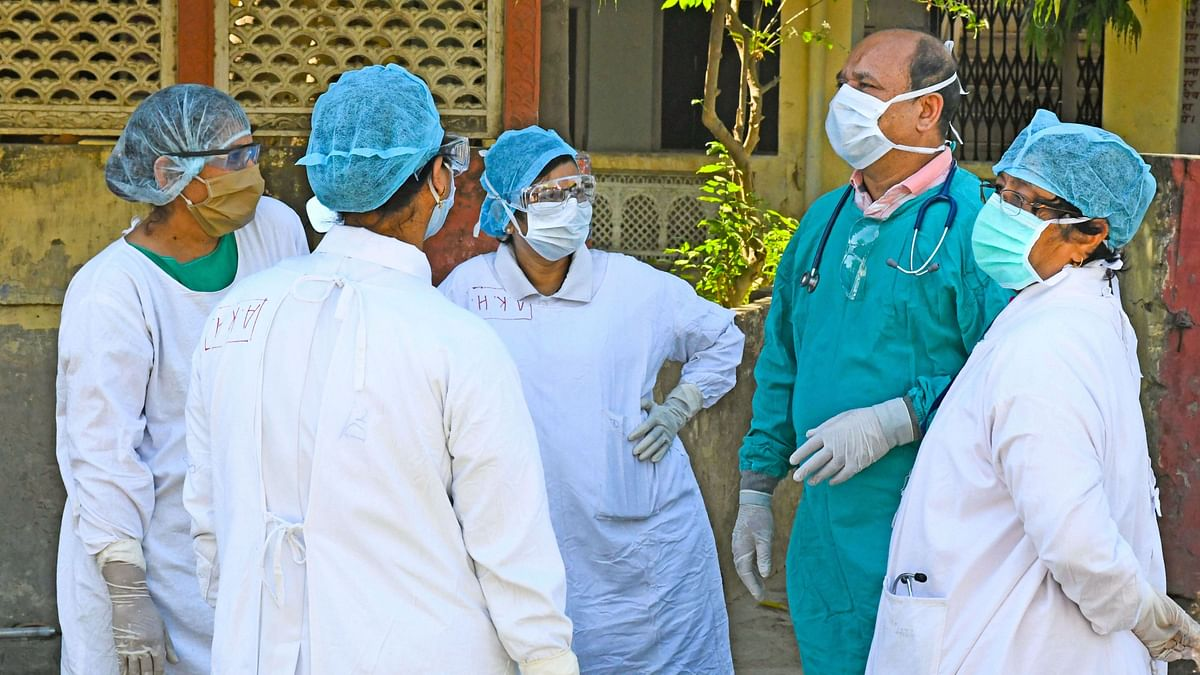 The number of active COVID-19 cases stood at 22,629, while 7,695 people have recovered, and 1 has migrated.