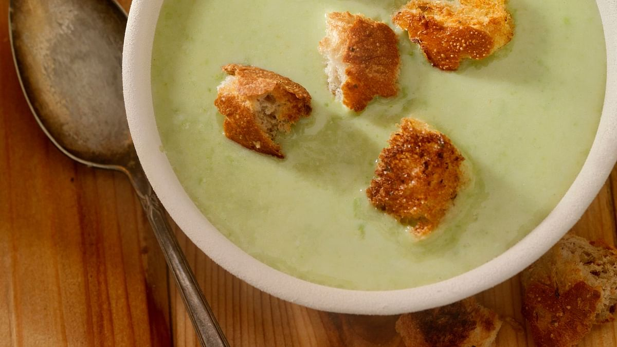 Cucumber Soup is very light and healthy for the stomach