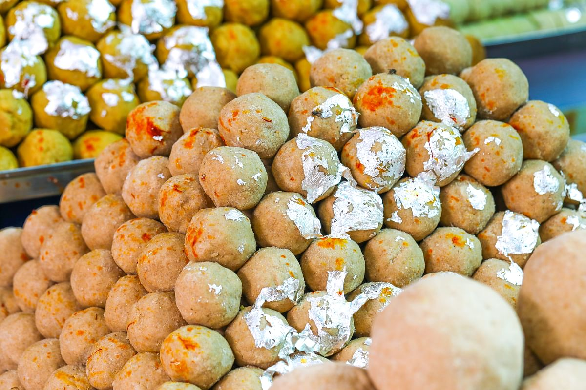Now you can make sattu laddoos at home.