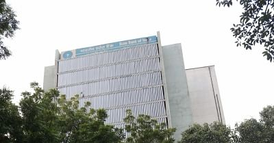 SBI operations hit for an hour due to tech glitch
