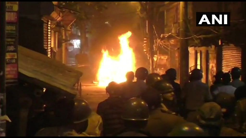 Clash Erupts in West Bengal's Kamarhati; Motorbikes, Shops Burnt