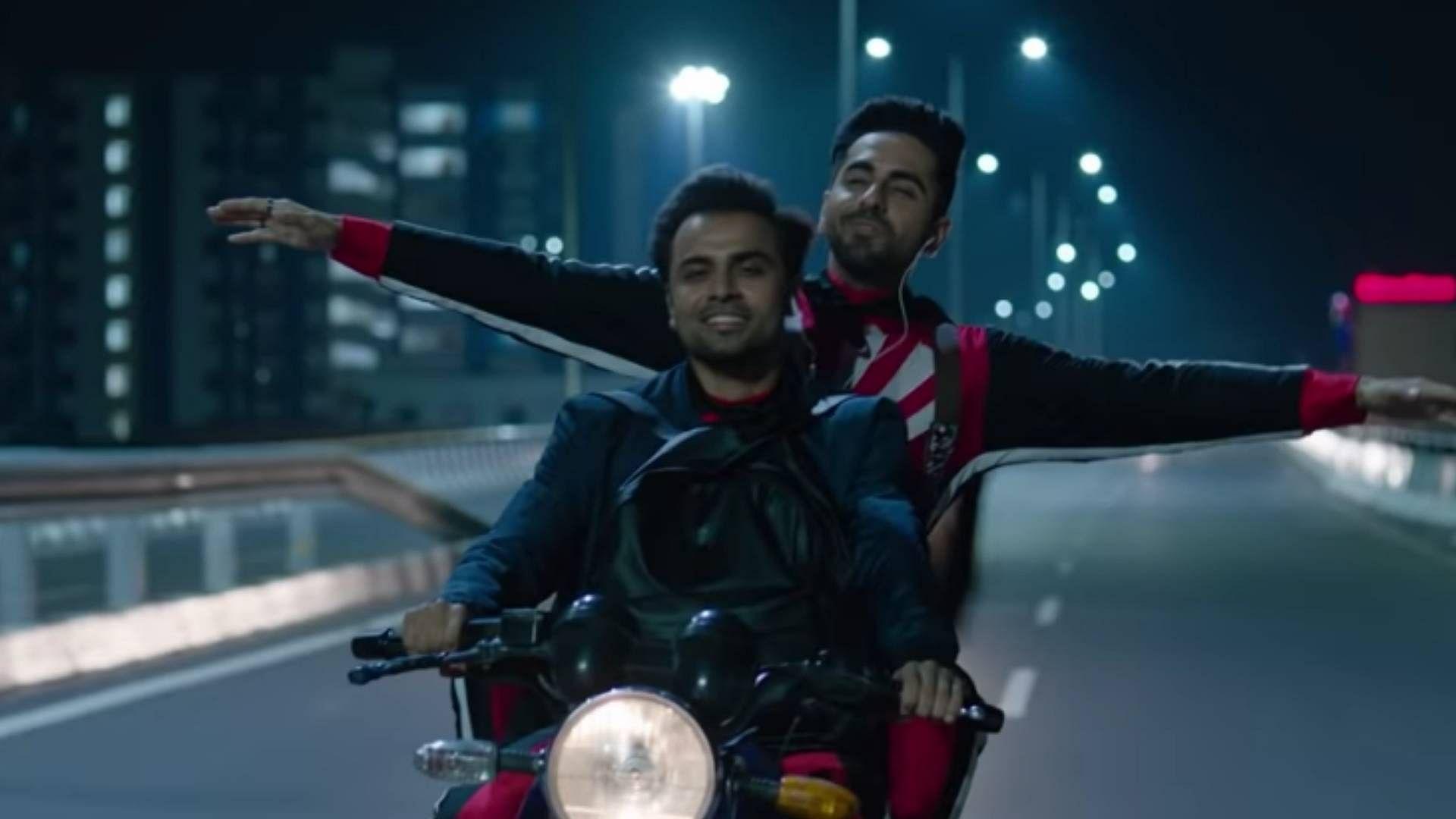Watch: Ayushmann and Jitu Fall in Love in 'Mere Liye Tum Kaafi Ho'
