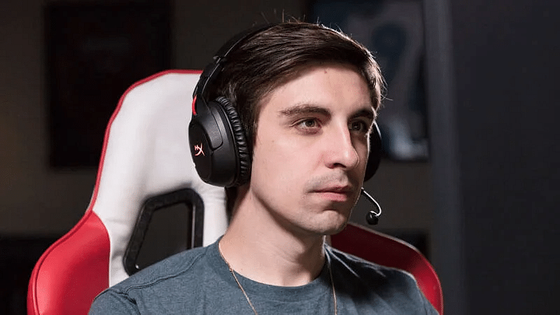 After almost a month of silence, Shroud announces a comeback on Twitch