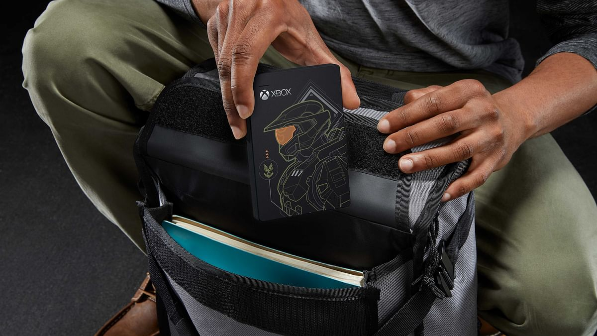 Seagate releases Master Chief limited edition game drive for Xbox Consoles
