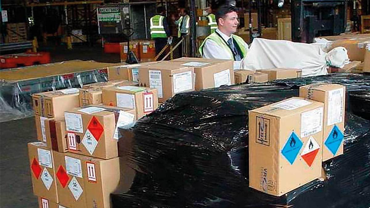 IATA adopts e-Dangerous Goods Declaration standards