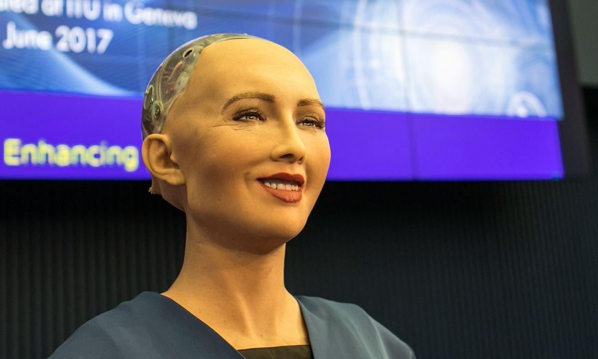 Etihad Airways Introduces AI Robot Sophia to Abu Dhabi