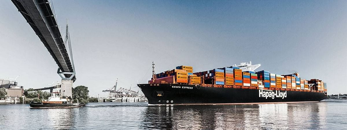 Fire Hits Hapag Lloyd Containership Off the Canadian Coast
