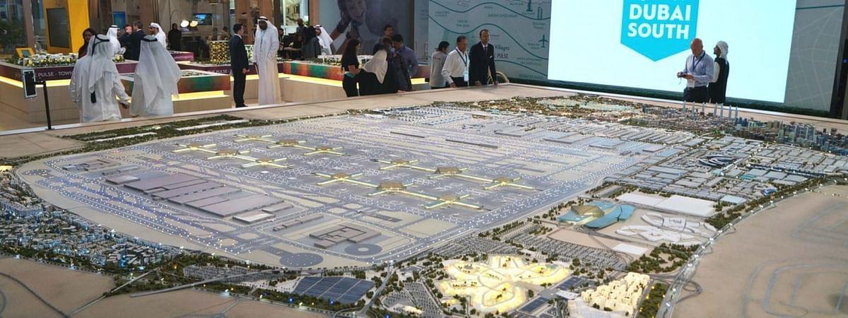 Mohammed bin Rashid visits Dubai South Aviation District
