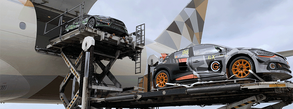 Etihad Cargo Flies in Top Rally Cars  to Abu Dhabi