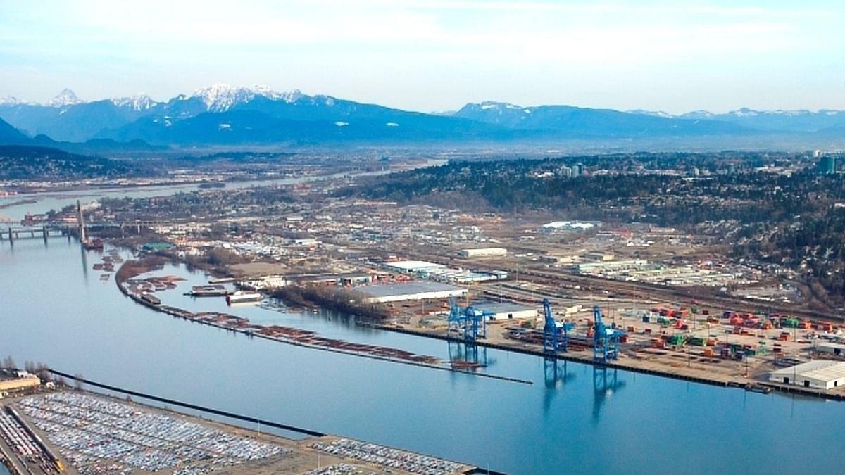 DP World Agrees to Buy  Fraser Surrey Docks